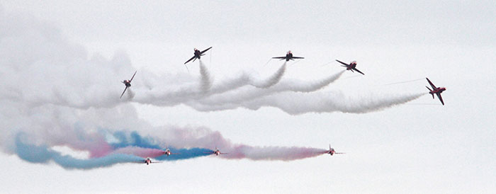 red-arrows-feature-small