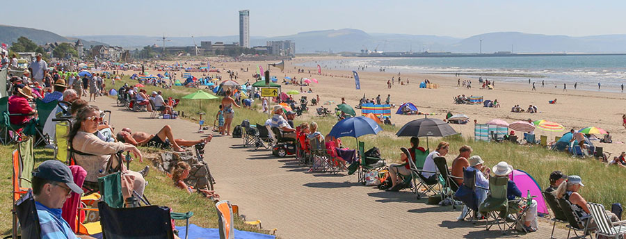 Crowds pack Swansea Bay beach for last years Wales Airshow